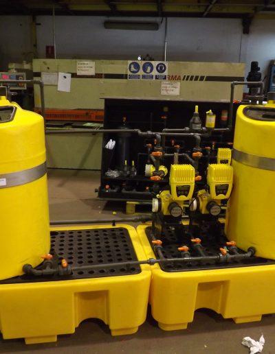 Sistema sobre cubeto de seguridad con depósitos
